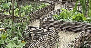 How To Make Wattle Fencing: An Inexpensive Option For Fencing, Garden Walls