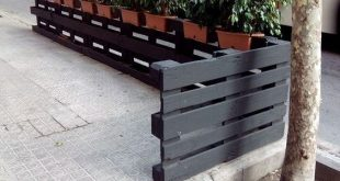 30 Most Inspiring DIY Pallet Garden Fence Ideas To Improve Your Outdoor Space
