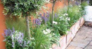 30 Small Garden Ideas, Designs and DIY Inspiration