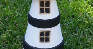 Leuchttürme aus Blumentontöpfen Lindas Lighthouse