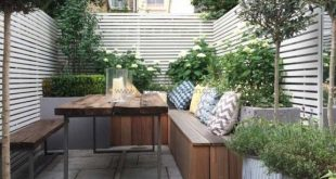 Small courtyard garden with seating area design and layout 15